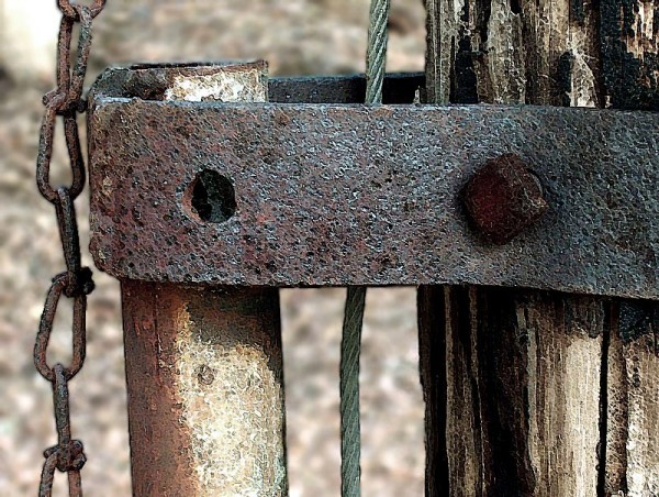 wooden gate with metal, newton, nc, vickie stacks