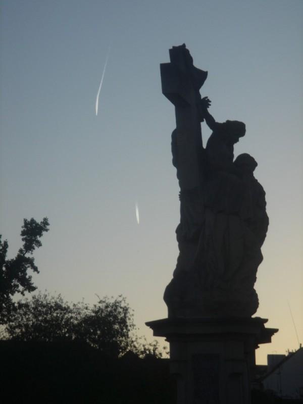 statua sul ponte carlo