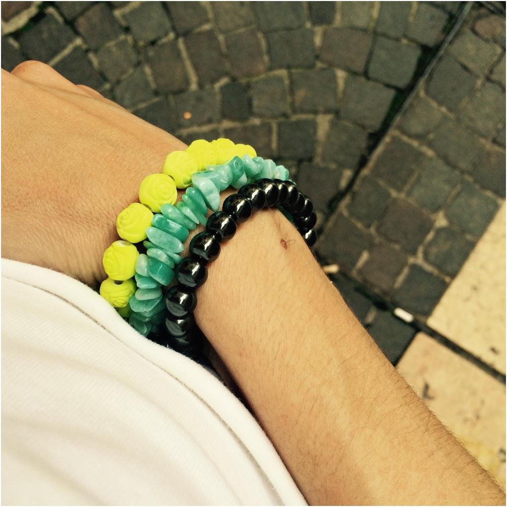 Colours&.