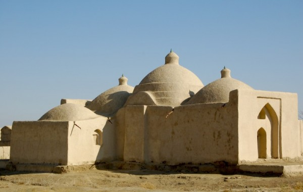 A mosque skilfully made of mud and straw