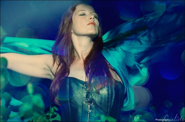 siren, dance, blue, silence