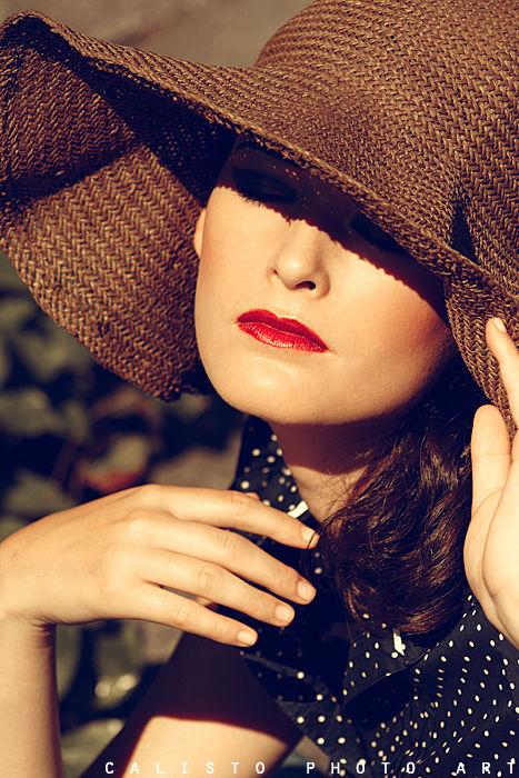 summer wind retro heat red lips vintage