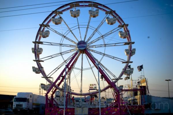 Fair: Ferris Wheel