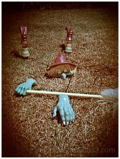 Lomo: Fallen Witch