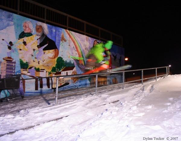 Ahmet Dadali sliding a rail