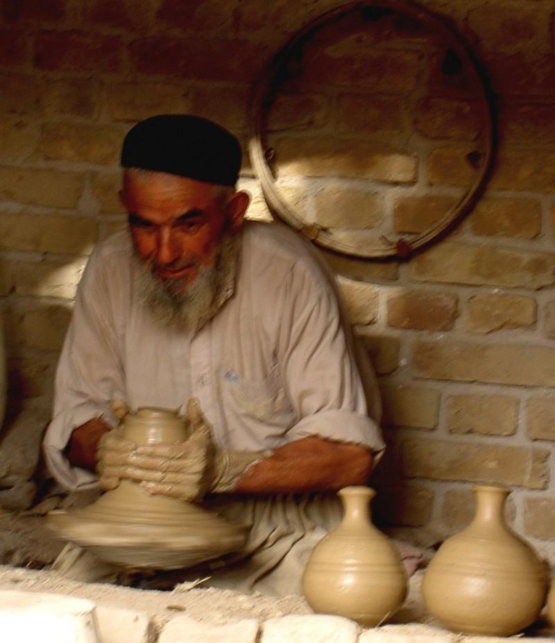 Afghan potter creating