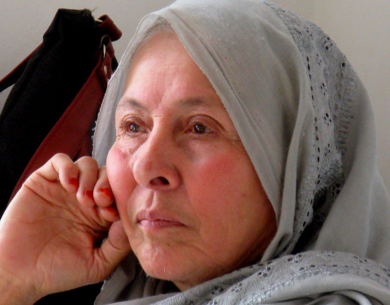 afghan mother grieving