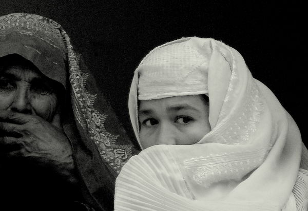 two Afghan women