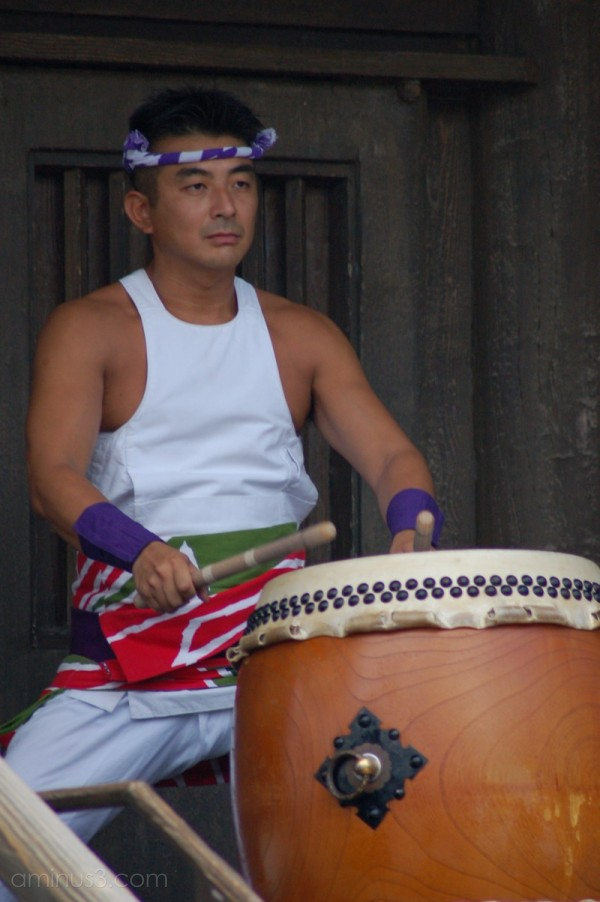 Drummer at Epcot Japan