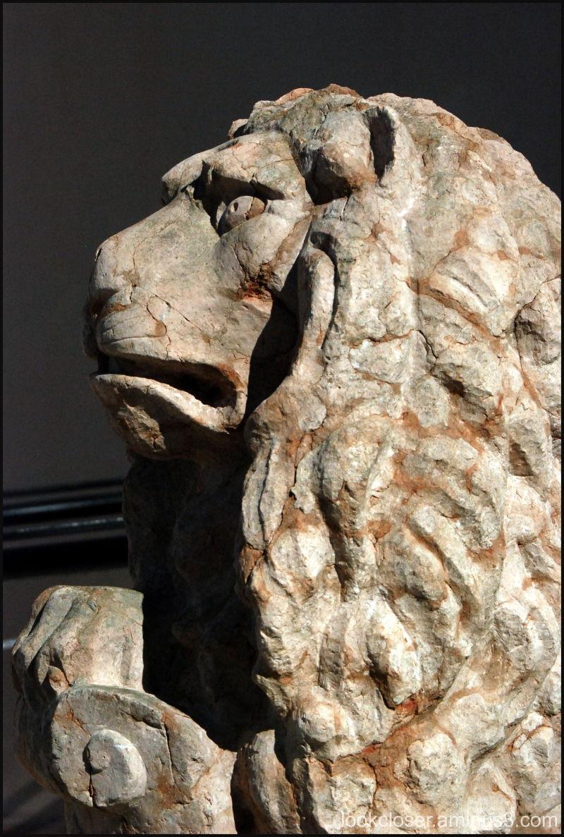 lion statue Ringling