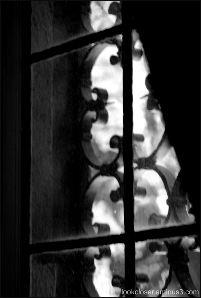 ringling window bw