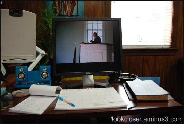 desktop computer me office