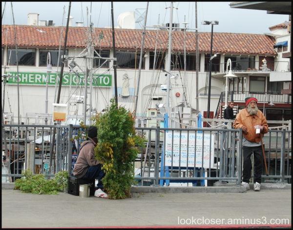 SF Fisherman's Wharf Bush man