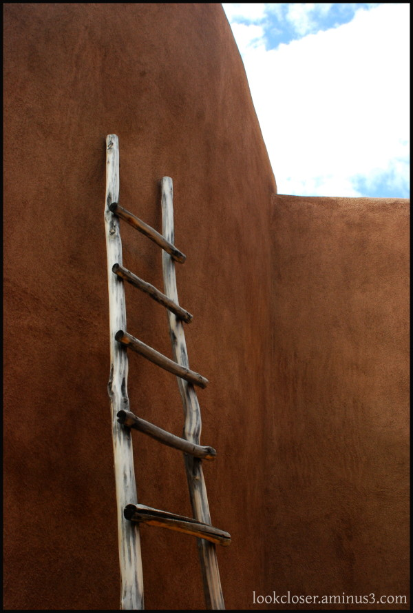 NM Ghost-Ranch ladder adobe sky
