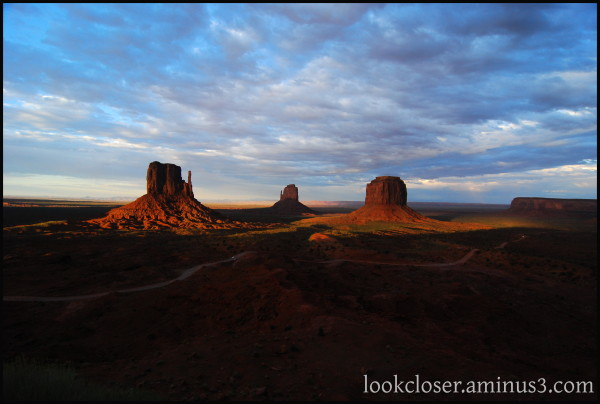 Monument-Valley UT Navajo West Sunset wide