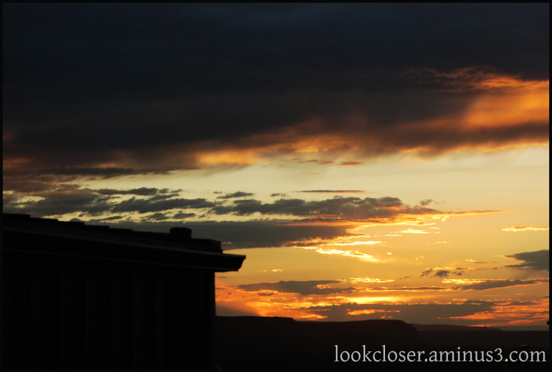 Monument-Valley UT Navajo West Sunset silhouette