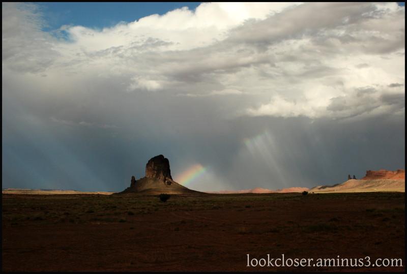 Monument-Valley UT Navajo West rainbow