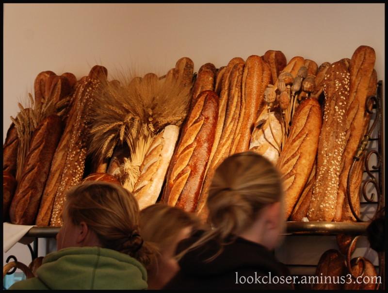 SF FishermansWharf fresh bread loaves