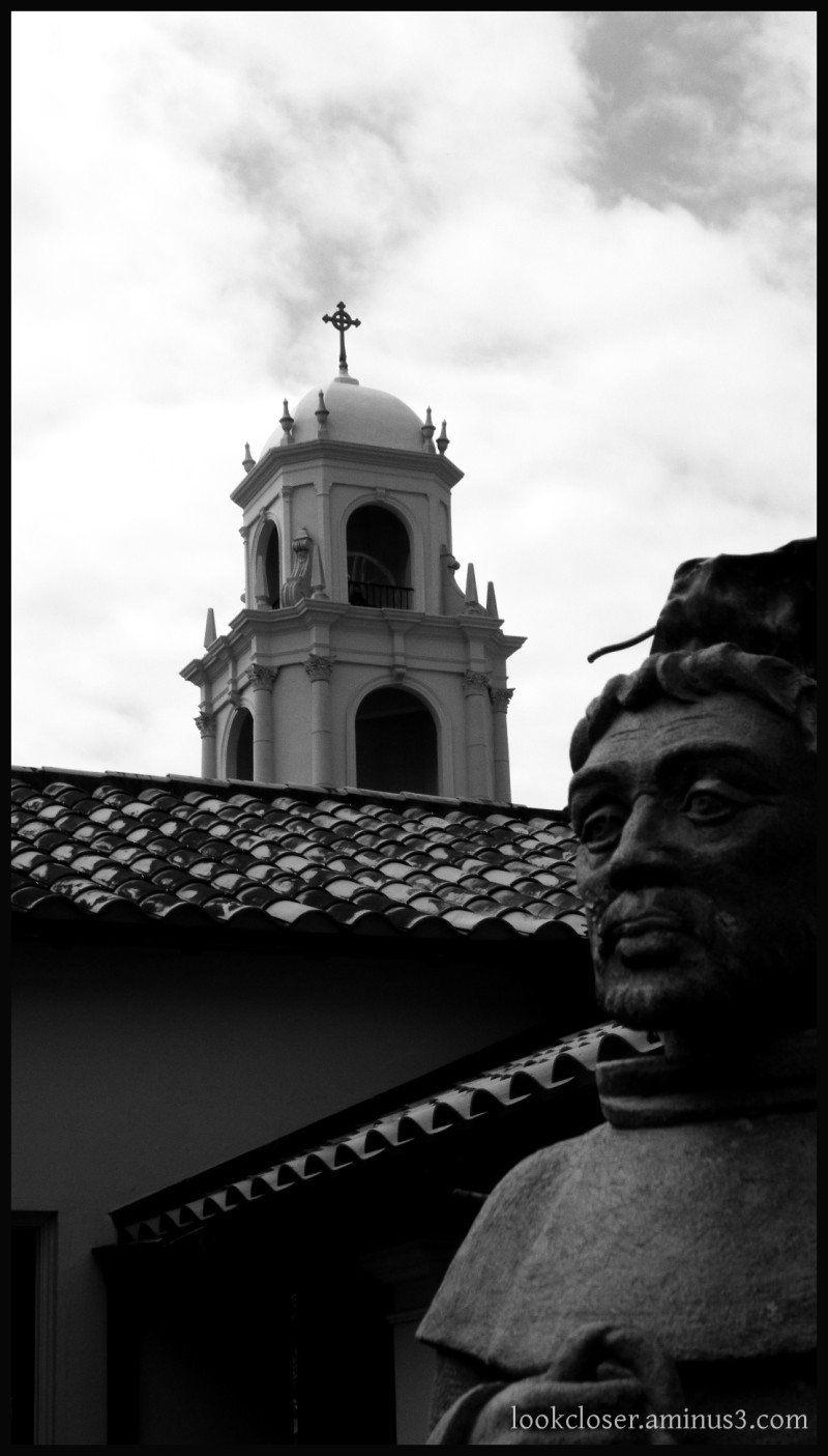 Bradenton Church St.Francis statue bw