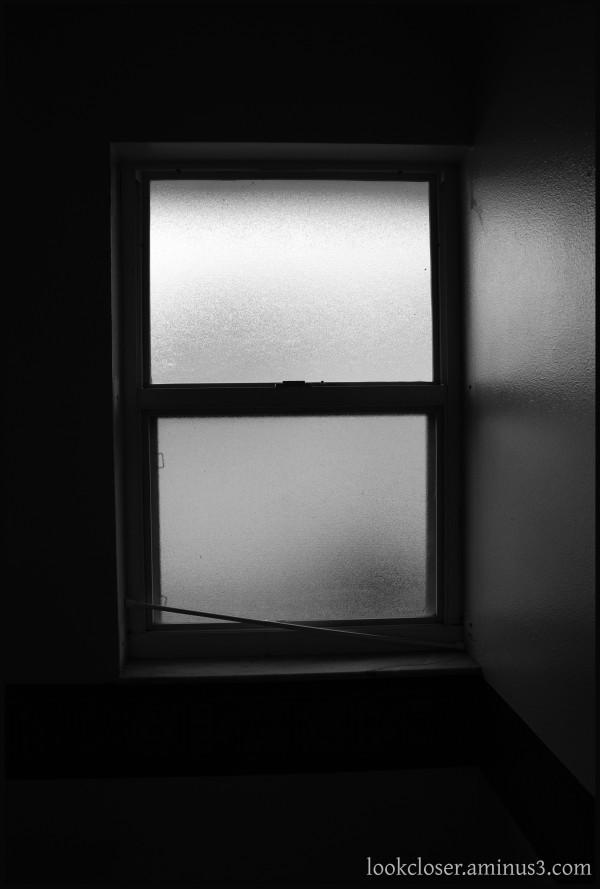 bw window opaque shadows