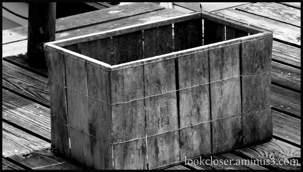 bw texture wood crate geometry