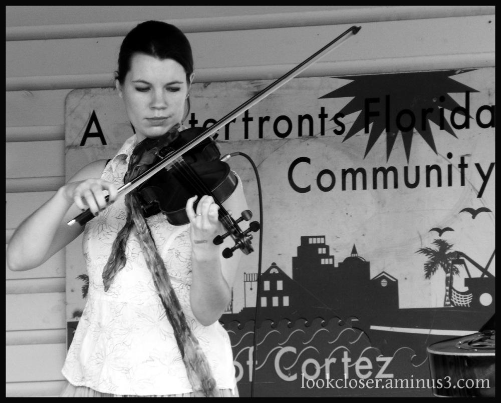 woman fiddler bw cortez musician