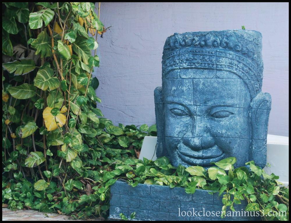 keywest patio green ivy irish tiki face