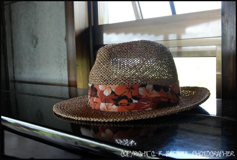 straw hat window okinawa japan