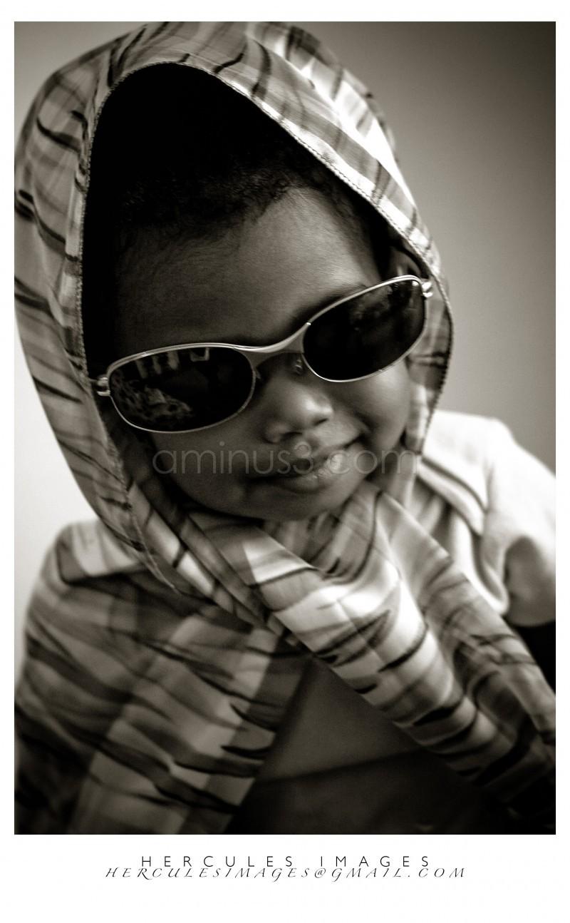 Little girl dress up
