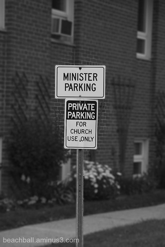 Minister Parking