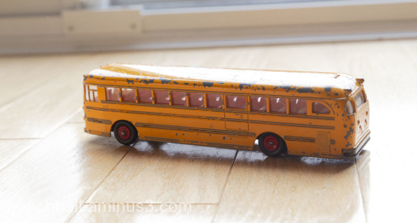 Dinky Toy school bus