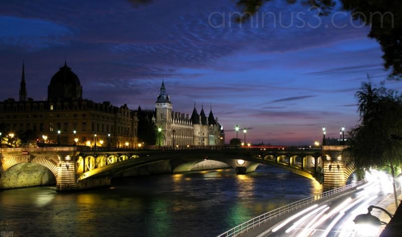 Pont Notre Dame - Notre Dame bridge
