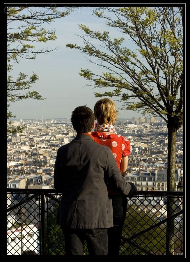 Et là bas, Paris