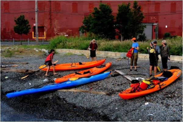 Urban kayakers at Valentino Pier