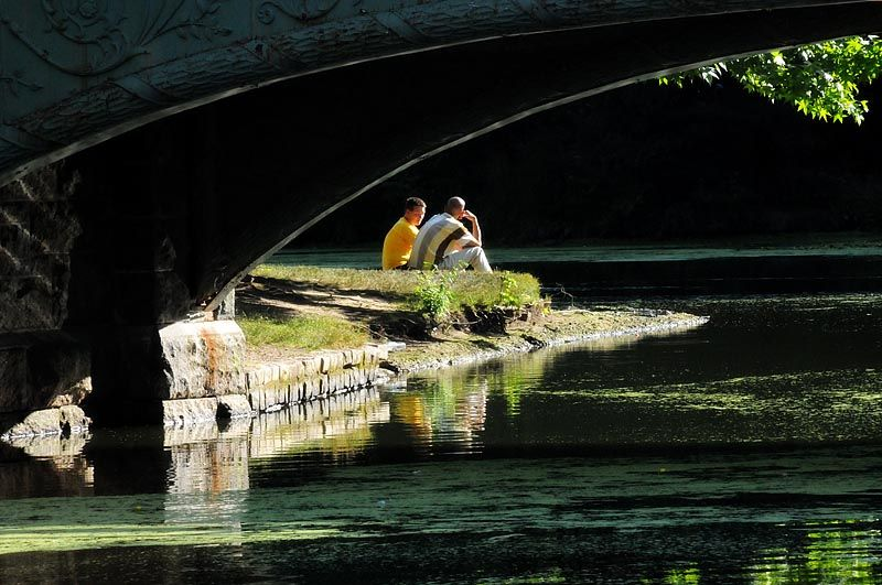 Couple under the bridge