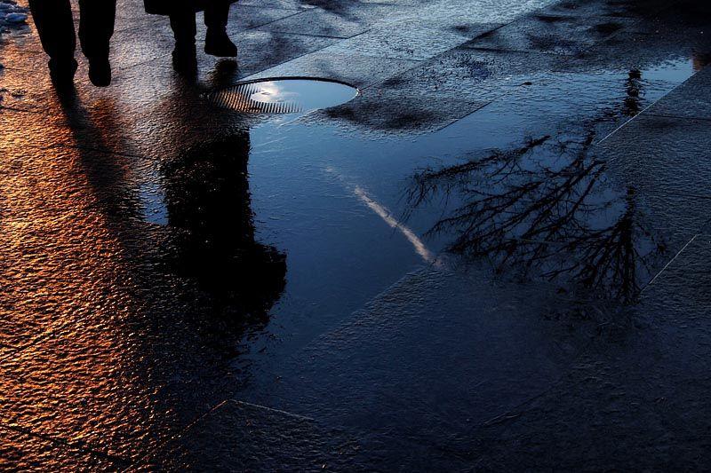 Wet sidewalk on Westside Park