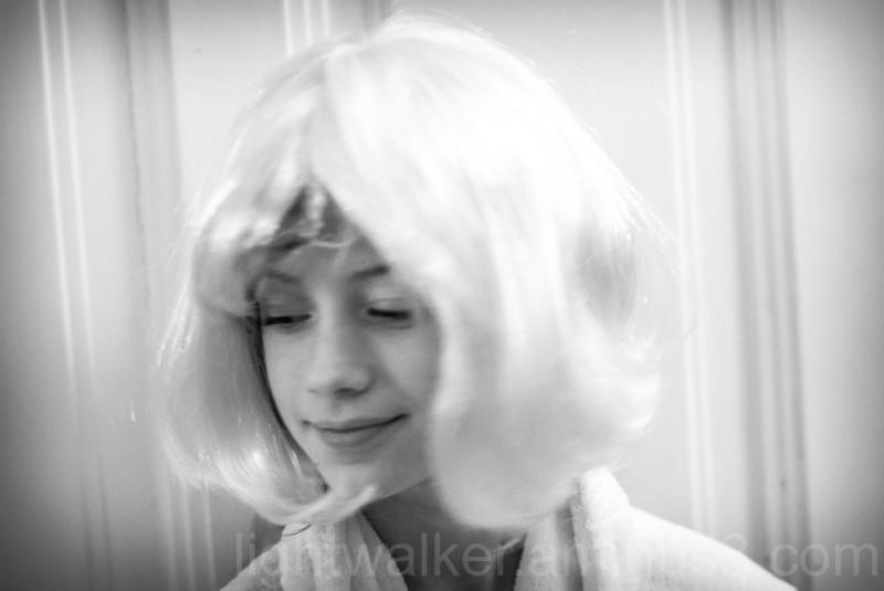 Aliz with wig