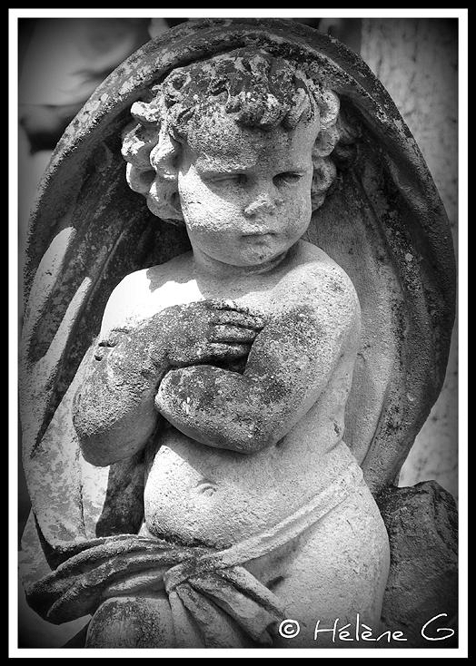ange boudeur - sullen angel
