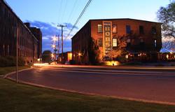 rue Cowie la nuit   Cowie street by night