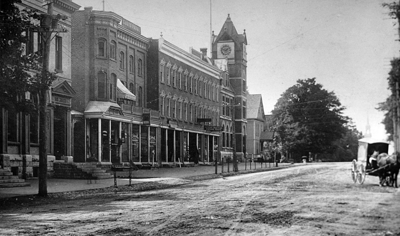 memorabilia - la rue principale vers 1910