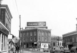 memorabilia   la rue principale vers 1950