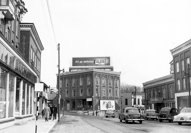 memorabilia - la rue principale vers 1950