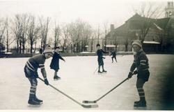 memorabilia   hockey   1945