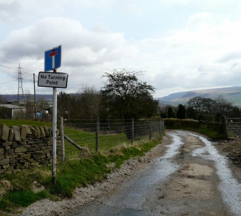 Dewsnap Lane, no through road