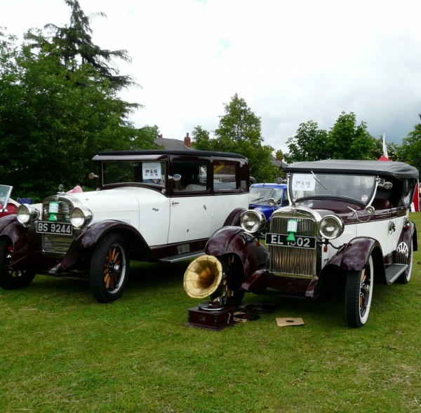 Vintage Cars at Gee Cross Fete, Hyde 2008