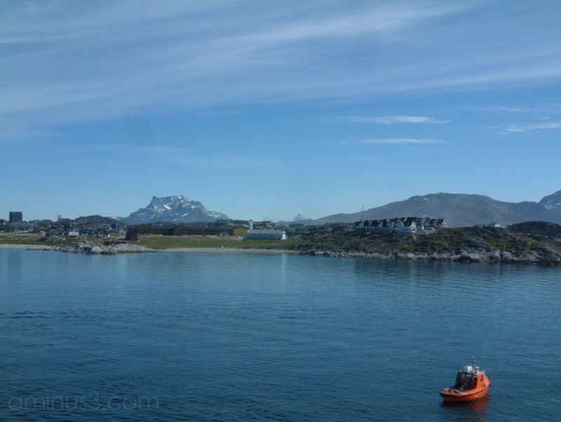 Approaching Nuuk
