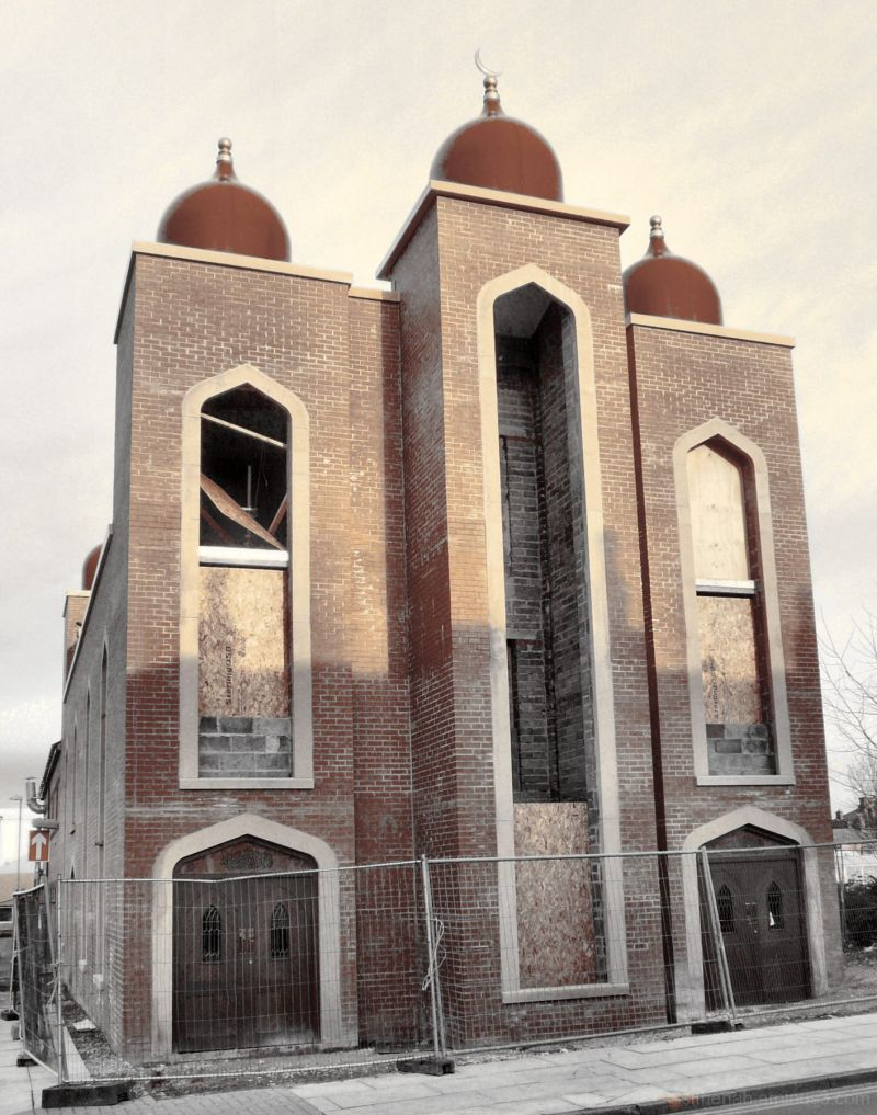 Jamia Mosque, Hyde, Cheshire under construction