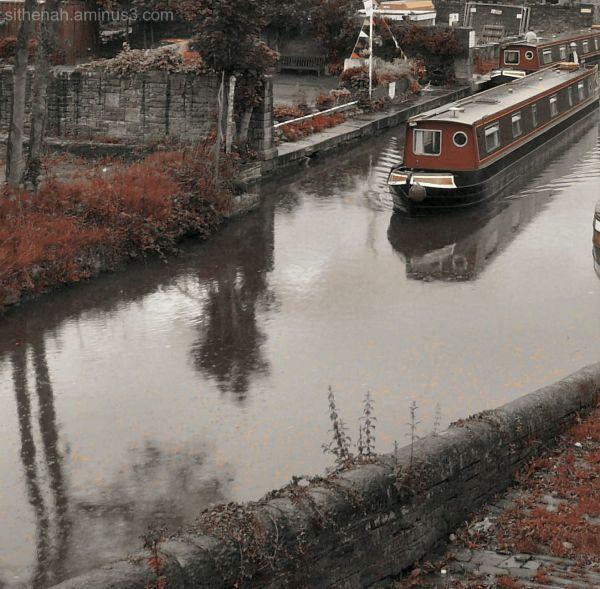 Macclesfield Canal at Marple