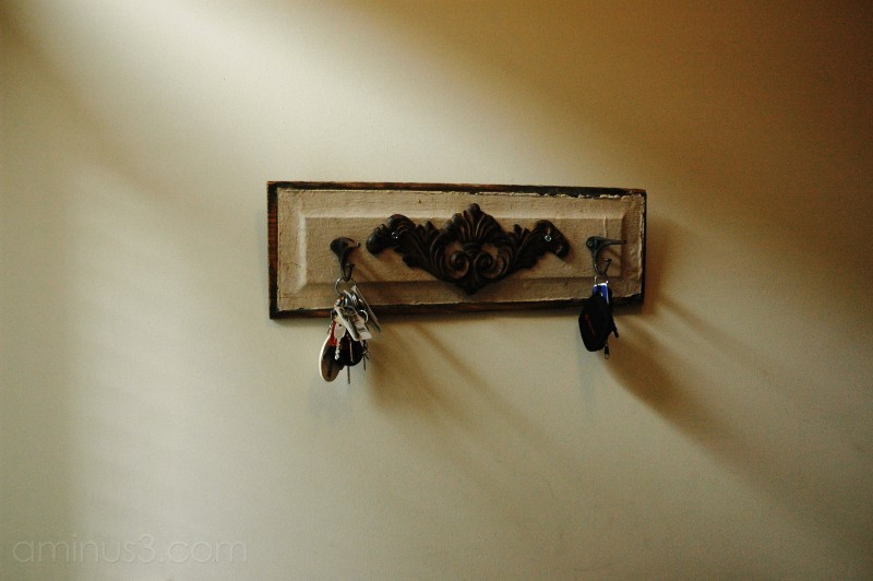 keys hanging in an entryway