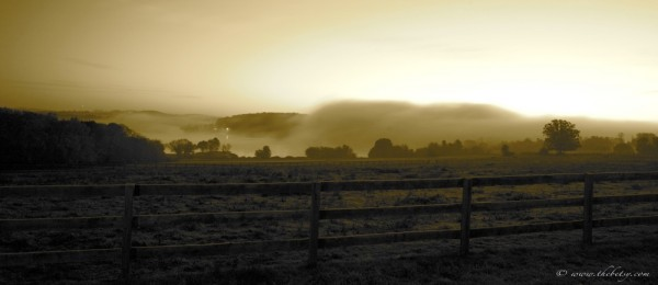 marsh creek clouds fog fences sunrise panoramic
